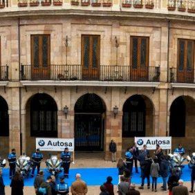 AUTOSA presentó 12 motos BMW R 1200 RT  que serán entregadas a la Policía Local de Oviedo